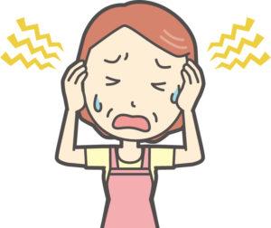 エプロン女性が頭痛で悩むイラスト
